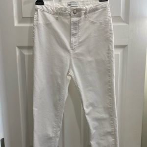 White Zara skinny jeans Size 8.